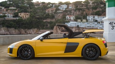 Audi R8 Spyder 2016 - roof opening