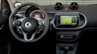 Smart ForTwo Electric Drive Cabrio - dash