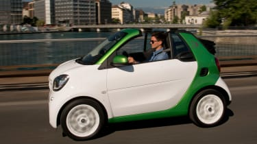 Smart ForTwo Electric Drive Cabrio - front action