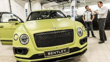 Bentley Bentayga Pikes Peak - full front