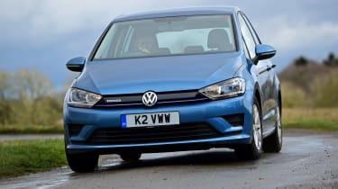 VW Golf SV BlueMotion front