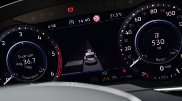 Volkswagen Passat Alltrack - dash