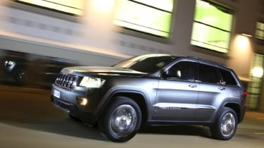 Jeep Grand Cherokee front track