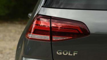 Volkswagen Golf - brake light