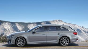Audi A4 Avant facelift - side
