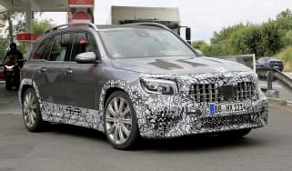 Mercedes-AMG GLB 45 - spied front 3/4 tracking