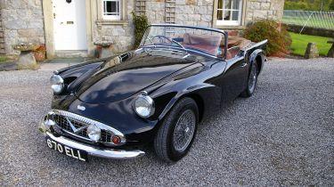 Daimler Dart front black