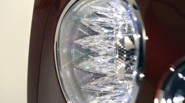 Bentley Flying Spur - studio front light