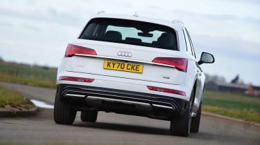 Audi Q5 40 TDI - rear cornering