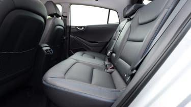 Hyundai IONIQ hybrid 2016 UK - rear seats