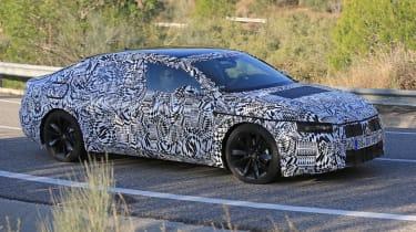 VW Arteon 2017 spy shot 7
