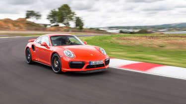 Porsche 911 Turbo S 2016 - front cornering
