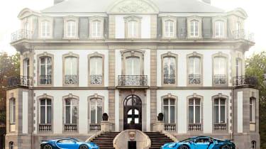 Bugatti Chiron LEGO - side by side