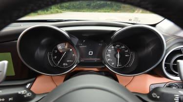 Alfa Romeo Giulia - speedo