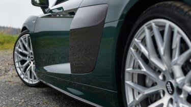 Audi R8 Spyder V10 plus - side intake
