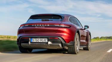 Porsche Taycan Cross Turismo - rear tracking