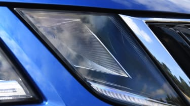 Skoda Octavia Estate - front light