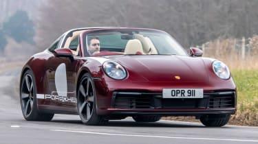 Porsche 911 Targa 4S Heritage Design Edition - front action