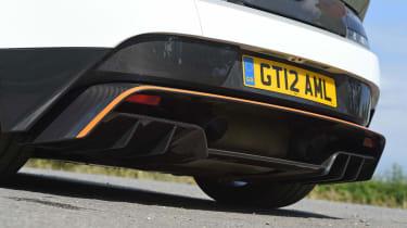 Aston Martin Vantage GT12 - exhaust