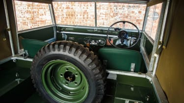 Land Rover Series 1 - cabin