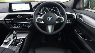 BMW 6 Series GT - dash