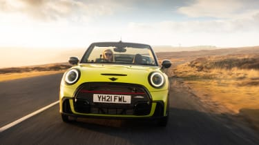 MINI Convertible - front driving