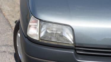 Renault Clio old vs new - Mk1 headlight