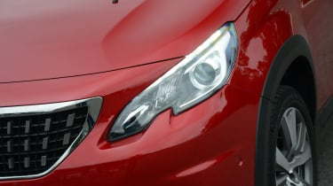 Peugeot 2008 - front light detail
