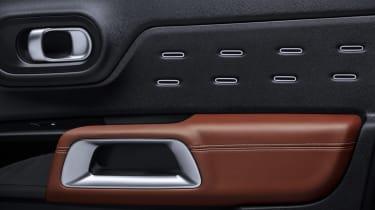 Citroen C5 Aircross - door detail