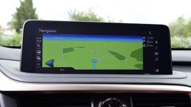 Lexus 450h F Sport - navigation