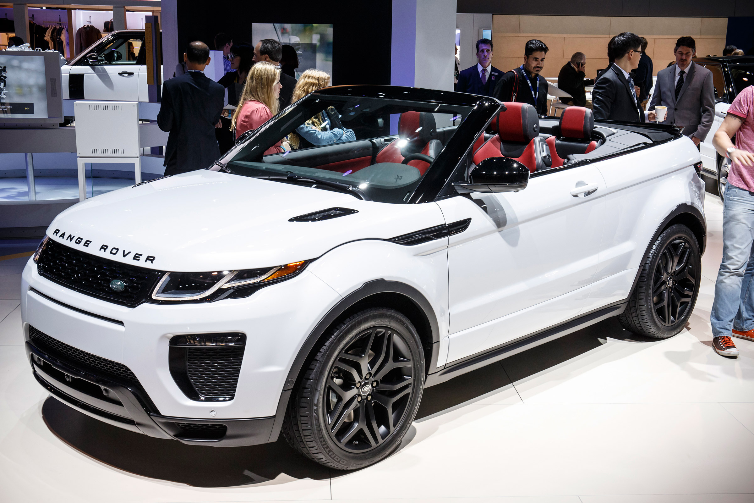 New 2016 Range Rover Evoque Convertible Is Here Pics Specs And Full Details Auto Express