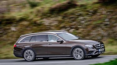 Mercedes E-Class All-Terrain - side