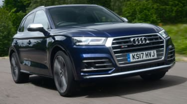 Audi SQ5 - front quarter