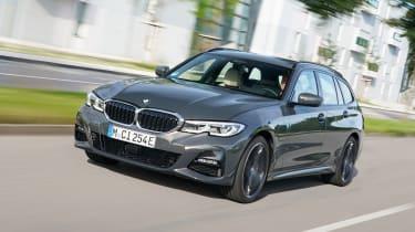 BMW 320e - front