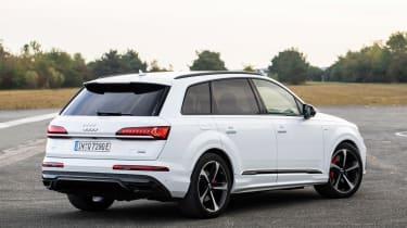 Audi Q7 60 TFSI e - rear static