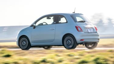 Fiat 500 Mild Hybrid - rear action
