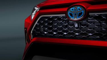 Toyota RAV4 Prime - grille