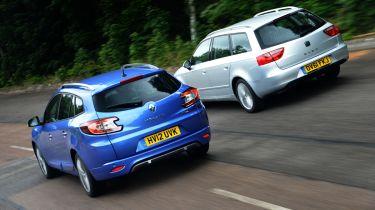 Renault Megane vs SEAT Exeo rear tracking alternate