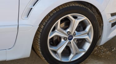 Used Ford S-MAX review alloy wheel