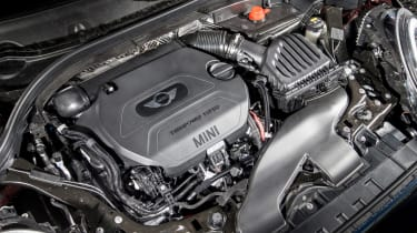 MINI Cooper D Clubman 2015 engine
