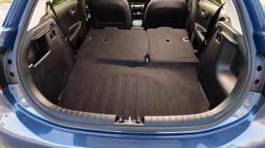 Kia Rio - boot seats down