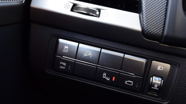 SsangYong Musso - buttons