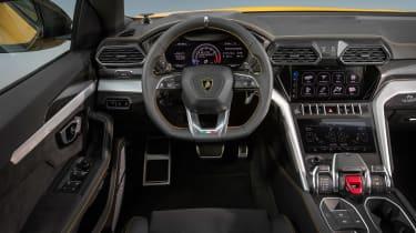 Lamborghini Urus - dash
