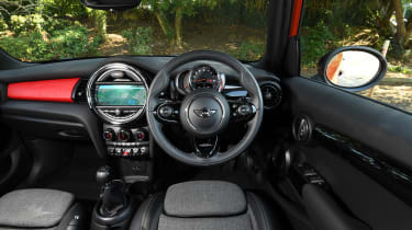 MINI Cooper 5-Door - interior