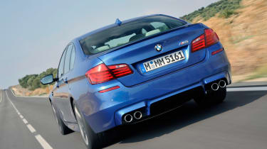 BMW M5 rear tracking
