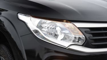 Fiat Fullback - front light