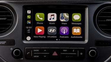 Hyundai i10 Play - Apple CarPlay