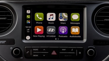 Hyundai i10 Play - Apple CarPlay