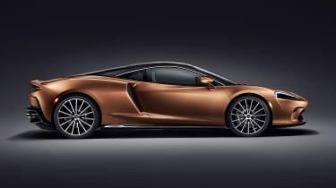 McLaren GT - side studio