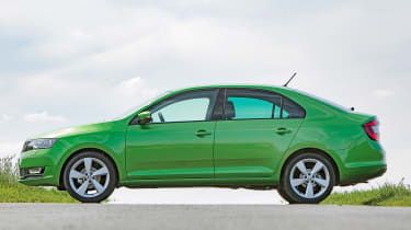 Skoda Rapid - side static
